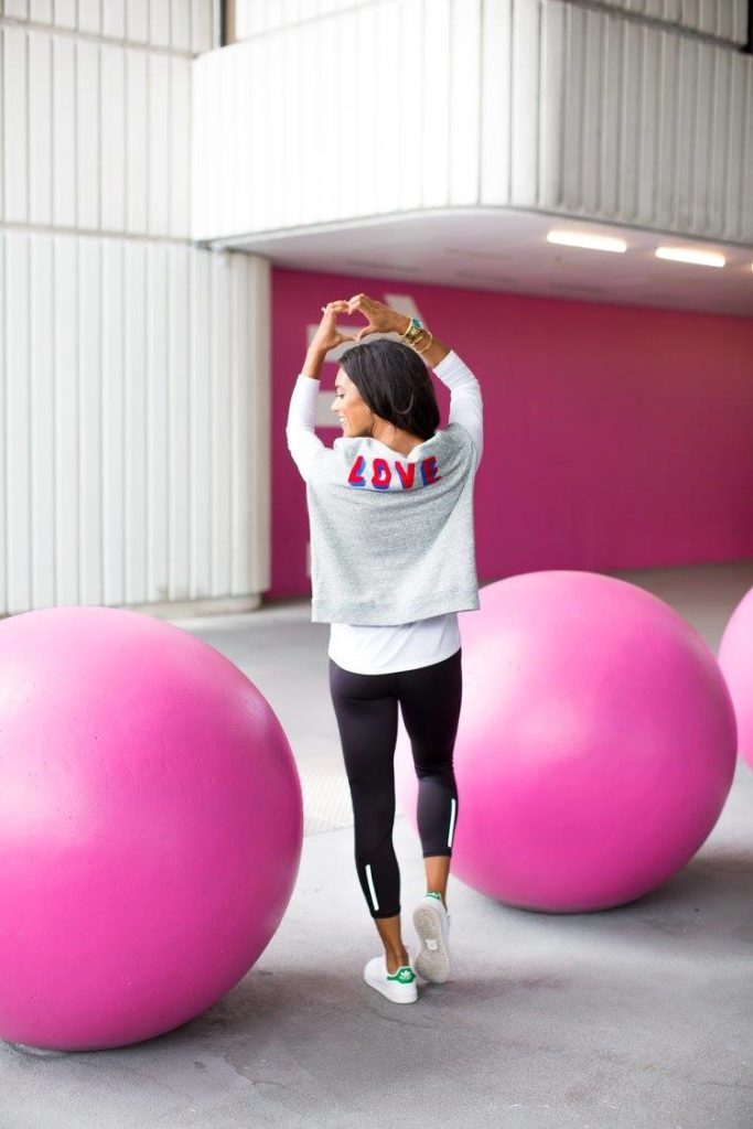 Love SweatShirt on Miami Blogger Taylor Walker Fit